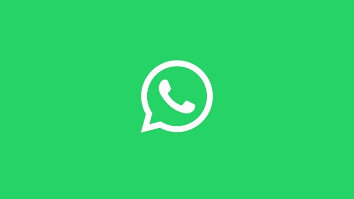 listen to whatsapp voice messages without sender knowing