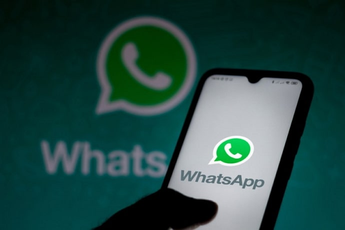 hide contacts on whatsapp