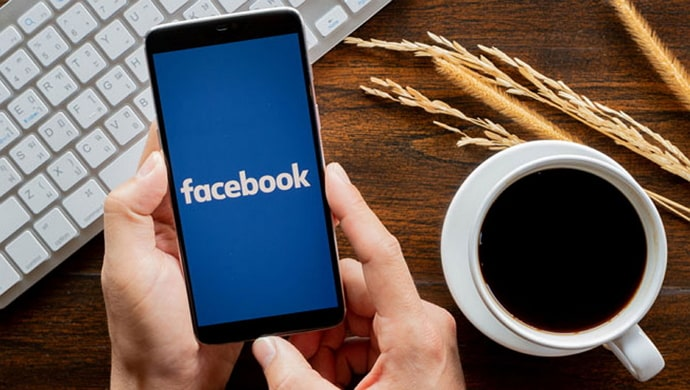 see what facebook groups your friends are in